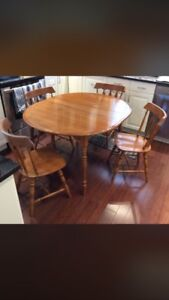 """Solid Maple Table & Chairs with extension leaf  """"Nadeau"""""""