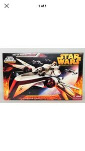 Star Wars revenge of the Sith ARC 170 fighter ship.