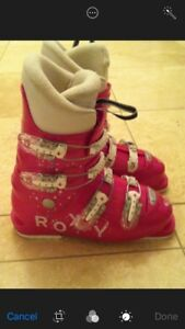Ski boots pink size 25.5