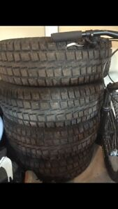 255/70R18 Cooper Discovery M+S Tires