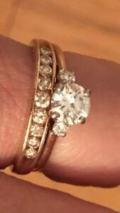 14K white and yellow gold diamond ring.