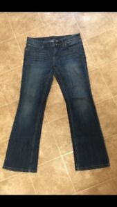 Women's Banana Republic Jeans. Size 28/6P