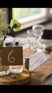 18 Burlap Table Runners!