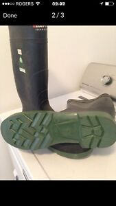 Baffin technology steel toed rubber boots(new)