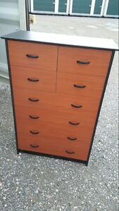 8 drawers dresser black and brown