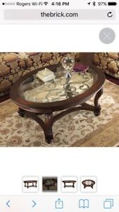 Coffee table- delivery incl great deal ($700 reg price)