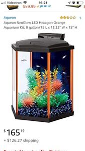 Aquarium 8 gallons Glow un the dark