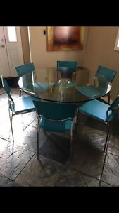 Kitchen table + chairs + bar stools
