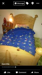 single pine bed Tenterfield Tenterfield Area Preview