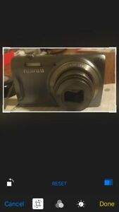 Fujifilm FinePix T550 16MP digital camera with 12x optical zoom