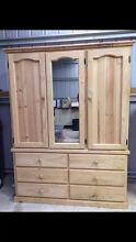 BEAUTIFUL RAW PINE TIMBER CUPBOARD Colo Heights Hawkesbury Area Preview