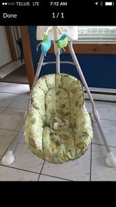 35$ fisher price, baby swing, amazing condition!!