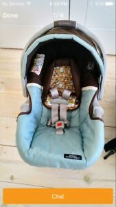 10/10 condition Graco classic connect snugride carseat
