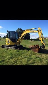 5.5t Excavator for hire Ulverstone Central Coast Preview
