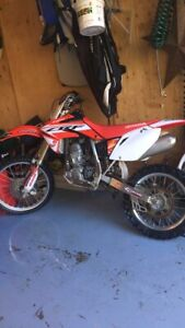 2014 crf 150r in mint condition