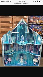 Costco frozen castle! Cambridge Kitchener Area image 1