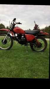 1981 Honda Xl185s 300 cash takes it