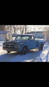 Looking for old classic car/truck barn finds to purchase