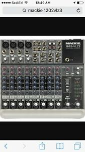 Mackie 12 channel mixer