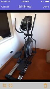 Professional Elliptical, Sole E25 Gym Quality in mint condition