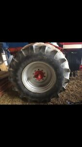30.5x32 tractor tires and rims