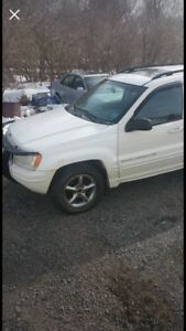 2002 Jeep Grand Cherokee parting out