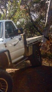 Single cab Hilux alloy tray  Warilla Shellharbour Area Preview