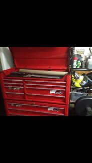 Band new Snap-on toolbox $4500