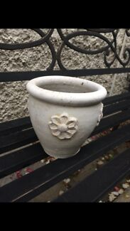 Small painted terrocotta pot Charlestown Lake Macquarie Area Preview
