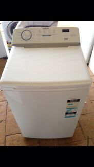 Near New Simpson 5.5KG Washing Machine - Free Delivery + Warranty   Prestons Liverpool Area Preview