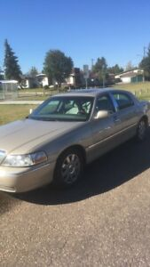 2005 Lincoln towncar pro series limited edition