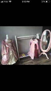Girl Dress Up/Costume Play Center