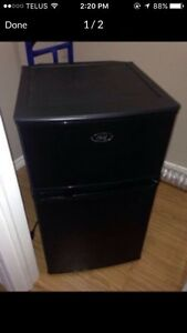 Master chef mini fridge with separate freezer