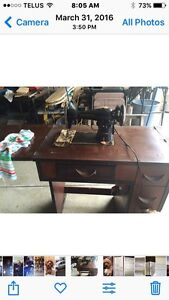Old. Elect. Sewing Machine