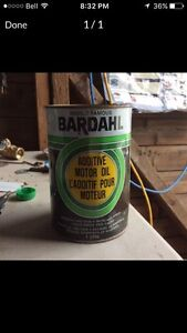 Old can of motor oil