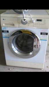 Absolute Bargain LG Front Loader Washing Machine Will Deliver! Labrador Gold Coast City Preview