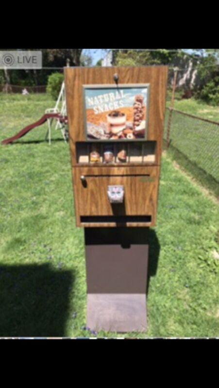 Vintage Snacks  Vending Machine COMET Candy COIN OP,  Antique OLD w/ boxes & Key