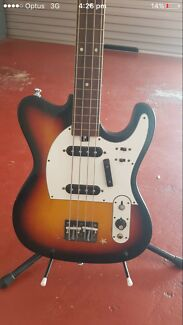 Vintage 1970's SAKAI Bass Guitar