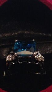 NATURAL BLUE  SAPHIRE 14K (Stamped) SOLID WHITE GOLD RING