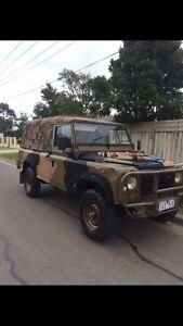 Landrover Defender 110 Perentie. EX ARMY.