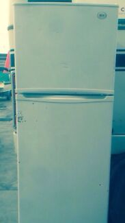 LG Fridge/Freezer 392Ltr Pakenham Cardinia Area Preview