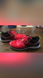 Size 10 men's running shoes