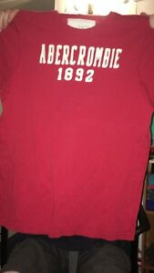 2 Abercrombie men's t-shirts rarely worn