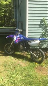 2003 YZ 85 2 stroke dirt bike