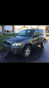 ford escape xlt 2005 4wd