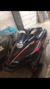 Yamaha 1997 vmax 600. Want gone, make a offer