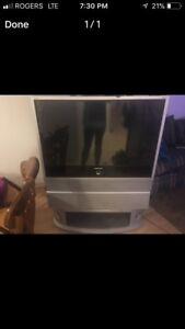 Samsung rear projection tv with built in DVD player.