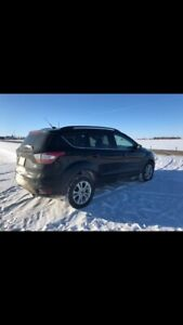 2018 FORD ESCAPE!!!!! ONLY 13500 KMS!!!