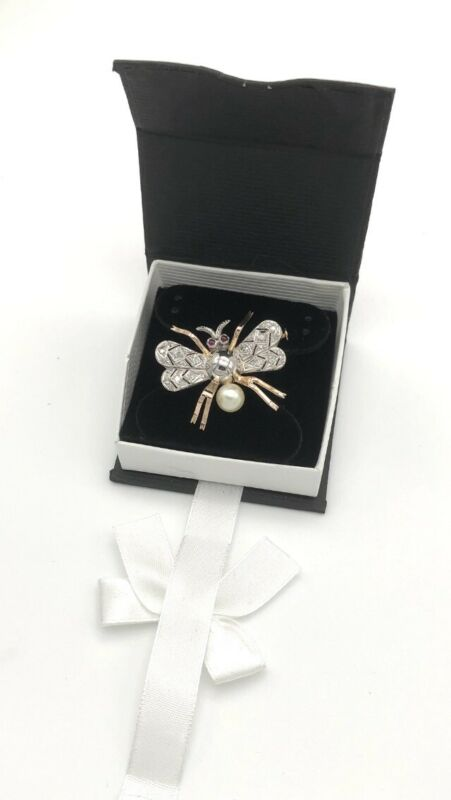 VINTAGE HAND MADE BEE  BROOCH/ PIN DIAMOND/PEARL/RUBY 18k &PLATINUM