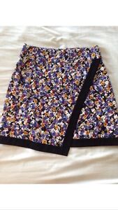 Review asymmetrical hem skirt size 8 Mooloolah Valley Caloundra Area Preview